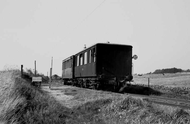 http://www.mjk-h0.dk/evp_SVJ/145-285.i.43.svj_no1-b1.viadukten.26.9.1965.jpg