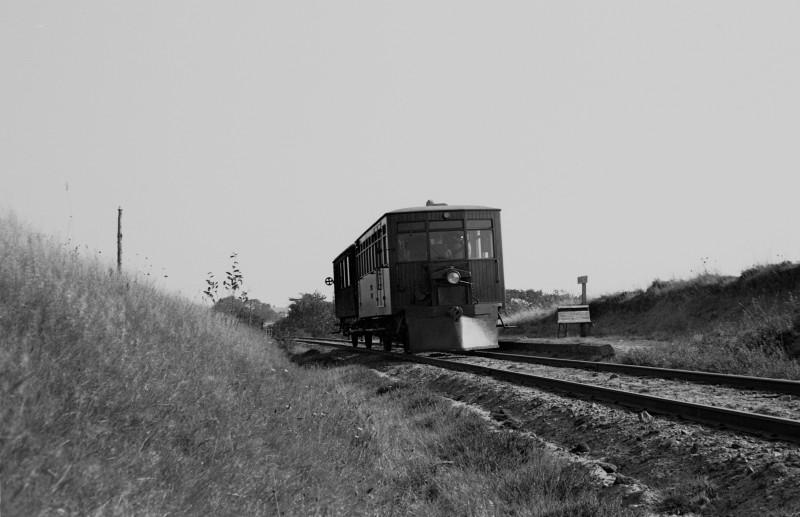 http://www.mjk-h0.dk/evp_SVJ/147-285.i.47.svj_no1-b1.viadukten.26.9.1965.jpg