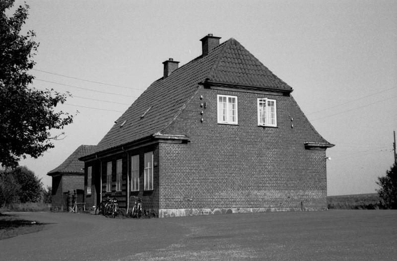 http://www.mjk-h0.dk/evp_SVJ/153-285.ii.53.svj.brodal.vejfacaden.26.9.1965.jpg