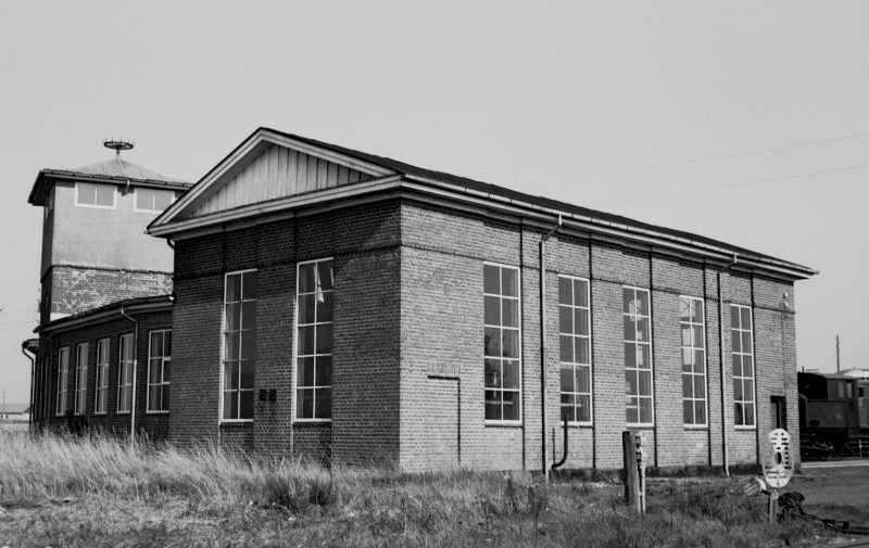 http://www.mjk-h0.dk/evp_SVJ/166-287.ii.53.svj.remisen.spoettrup.26.9.1965.jpg