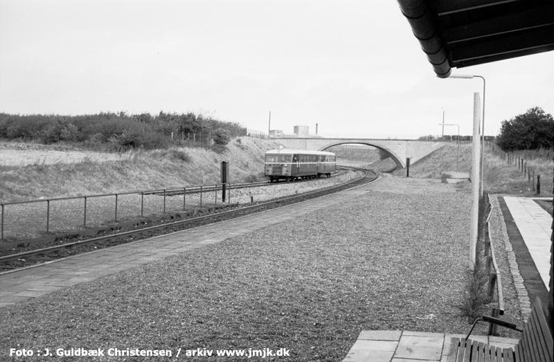 http://www.mjk-h0.dk/evp_SVJ/194-skive_nord.18.9.1964.-c-j.guldb.chr.jpg