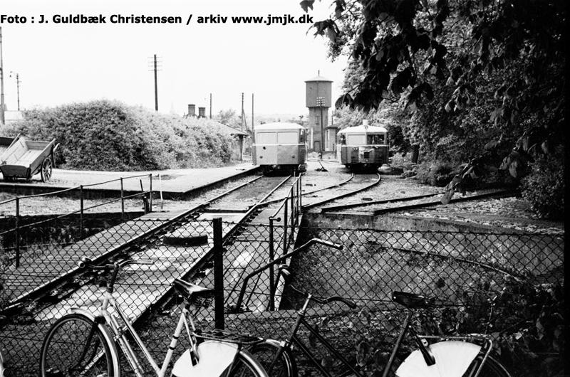 http://www.mjk-h0.dk/evp_SVJ/201-svjs_drejeskive_og_sporareal.skive_h.30.5.1961.-c-j.guldb.chr.jpg