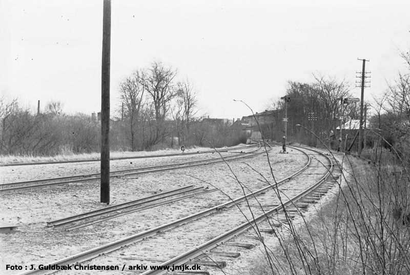 http://www.mjk-h0.dk/evp_SVJ/202-udkoersel_fra_skive_nord.30.5.1961.-c-j.guldb.chr.jpg