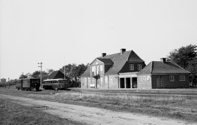http://www.mjk-h0.dk/evp_SVJ/209-288.i.04.svj.spoettrup.26.9.1965.jpg
