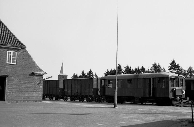 http://www.mjk-h0.dk/evp_SVJ/210-288.i.06.svj.spoettrup.26.9.1965.jpg
