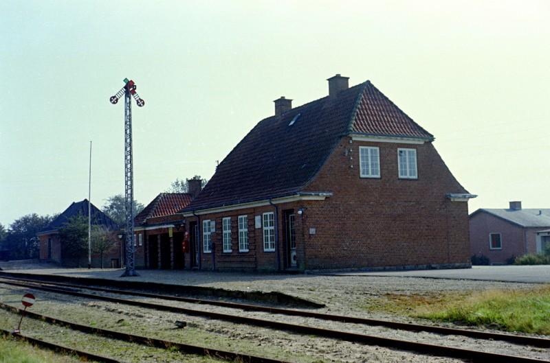 http://www.mjk-h0.dk/evp_SVJ/24-832.iii.00.hem.25.9.1965.jpg