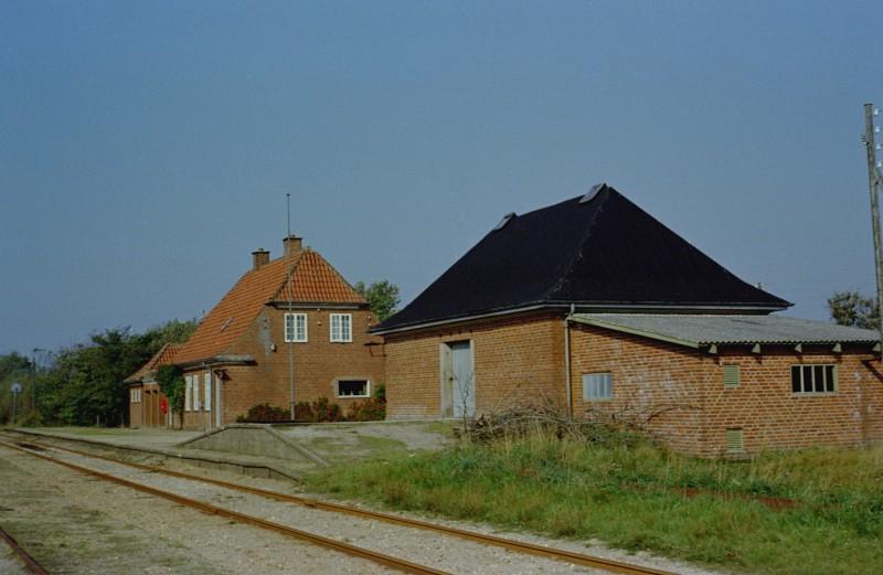 http://www.mjk-h0.dk/evp_SVJ/30-833.i.02a.svj.broendum.25.9.1965.jpg