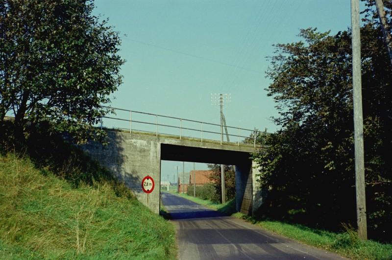 http://www.mjk-h0.dk/evp_SVJ/52-835.i.05.v.viadukten.25.9.1965.jpg