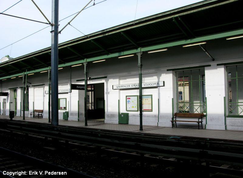 288-5578.WL_U6.Waehringer_Strasse-Volksoper.Wien.10.8.2008.JPG (800×586)