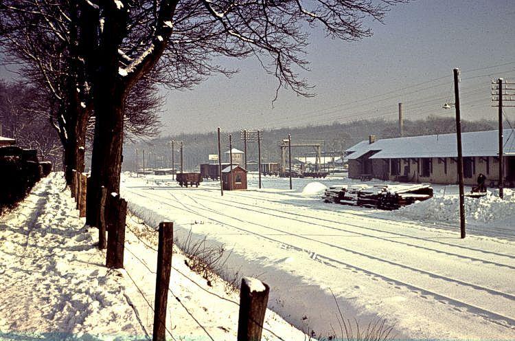 http://www.mjk-h0.dk/evp_So-Ve/11a-12.soroe.vedde.spor.vinter_1957-58.jpg