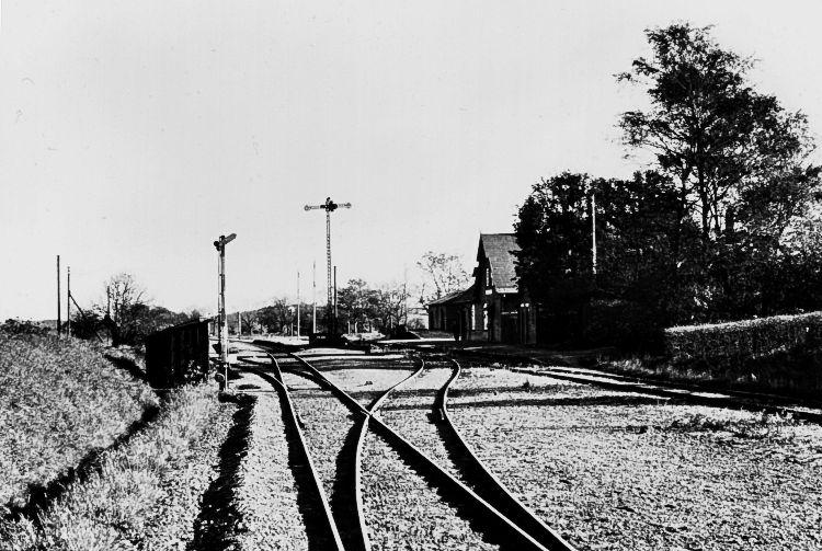 http://www.mjk-h0.dk/evp_So-Ve/htj.vedde.22.10.1950.foto.jst.jpg