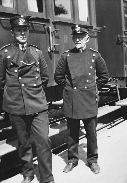 http://www.mjk-h0.dk/evp_So-Ve/togpersonale.soroe-vedde..soroe.foto.tktl.rask.gb.ca.1920.jpg