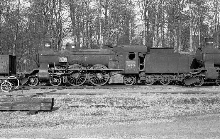 http://www.mjk-h0.dk/evp_Soroe/11.i.02a.dsb.p_920.soroe.febr.1957.jpg