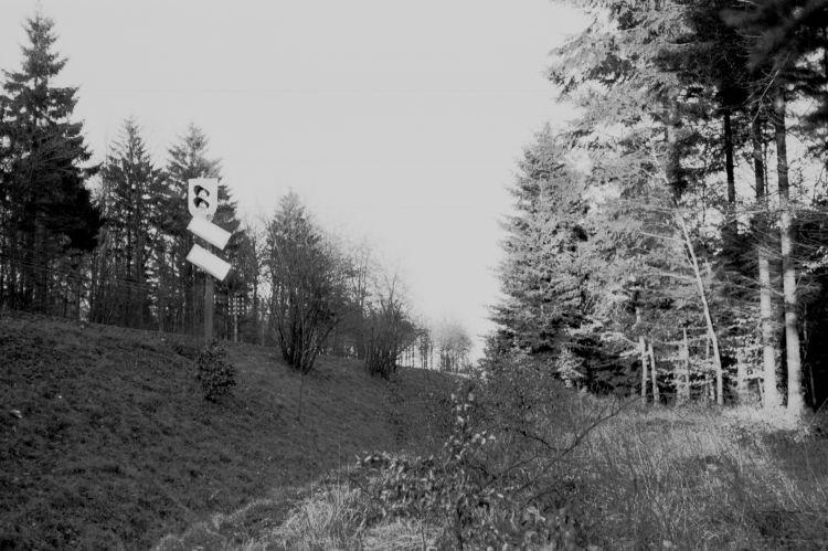http://www.mjk-h0.dk/evp_Soroe/13.ii.09.ved%20knudstrup_mellemblokpost.soroe.marts_1957.jpg