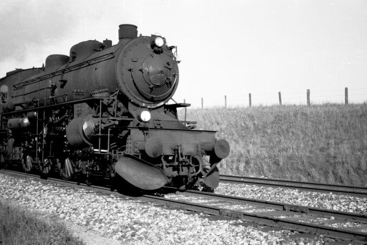 http://www.mjk-h0.dk/evp_Soroe/24.ii.26.e_xxx,knudstrup.maj_1957.jpg