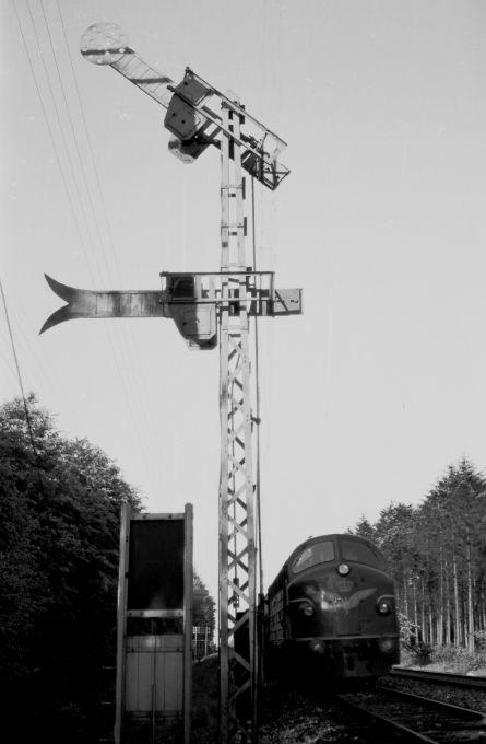 http://www.mjk-h0.dk/evp_Soroe/24.ii.29.indkoerselssignalet.soroe.maj_1957..jpg