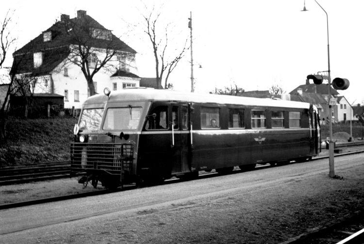 http://www.mjk-h0.dk/evp_Soroe/32.i.01a.hjj_sm_310.soroe.okt.1957.jpg