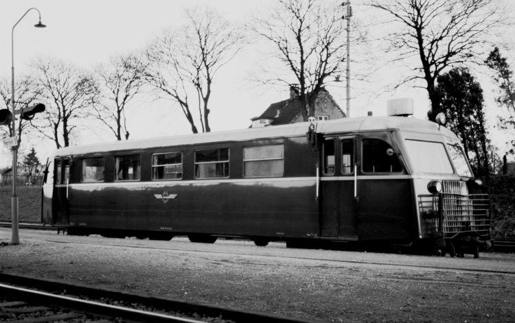 http://www.mjk-h0.dk/evp_Soroe/32.i.02a.hjj_sm_310.soroe.okt.1957.jpg