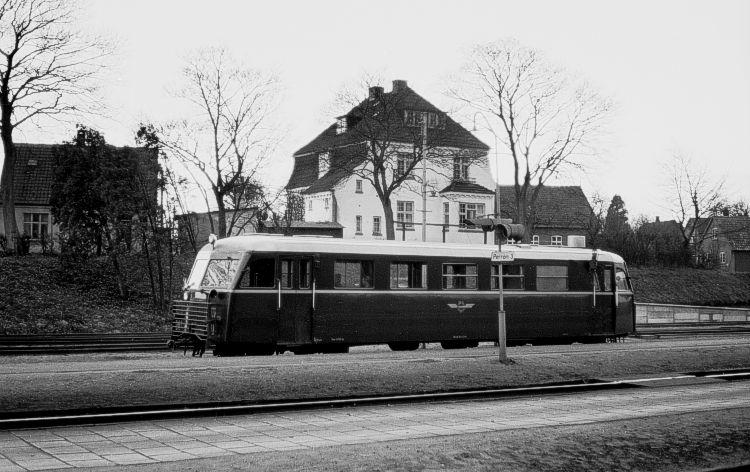 http://www.mjk-h0.dk/evp_Soroe/32.i.05a.hjj_sm_310.soroe.okt.1957.jpg