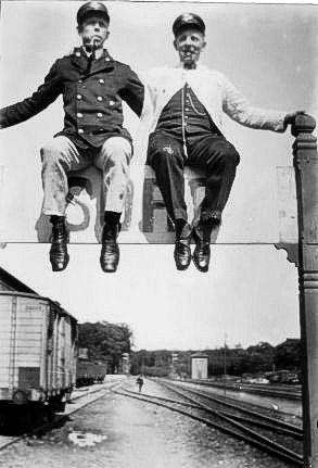 http://www.mjk-h0.dk/evp_Soroe/d-571-3.soroe_ca.1920.foto.tktl.rask.gb.jpg
