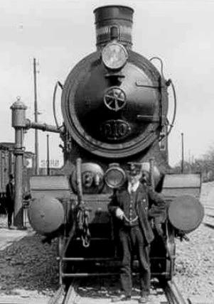 http://www.mjk-h0.dk/evp_Soroe/dsb_p_910.soroe.ca.1920.foto.tktl.rask.gb..jpg