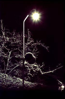 http://www.mjk-h0.dk/evp_Soroe/m-lampe_paa_perron_1.soroe.vinter_1957-58.jpg
