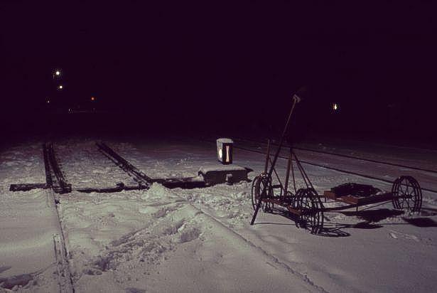 http://www.mjk-h0.dk/evp_Soroe/m-skinnecykel_og_sporskiftelygte.soroe.vinter_1957-58.jpg