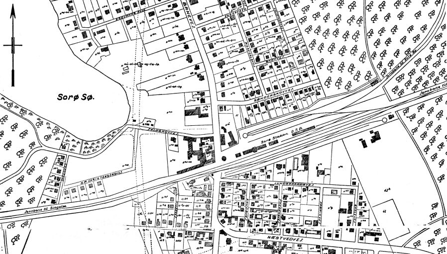 http://www.mjk-h0.dk/evp_Soroe/soroe-sporplan.lynge%20komm.%20ca.1940-50.jpg