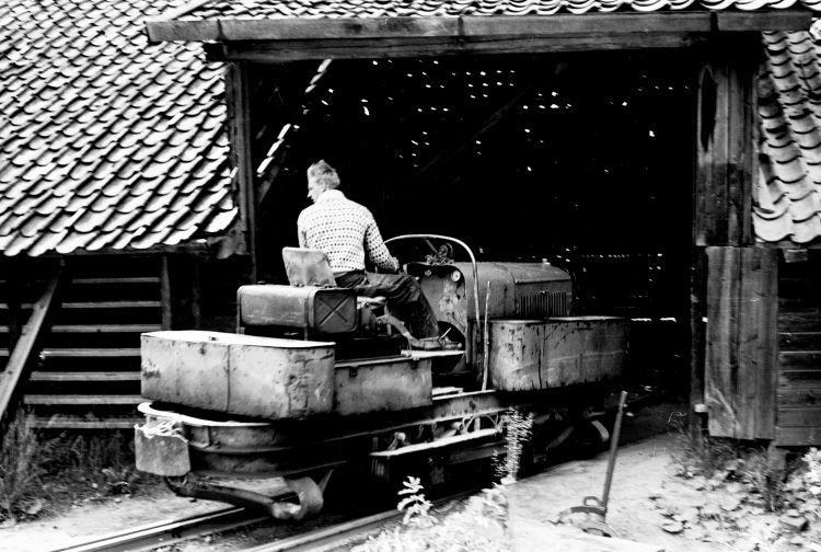 http://www.mjk-h0.dk/evp_Teglv/47.i.37.alleroed_tglvk.maj_1958..jpg
