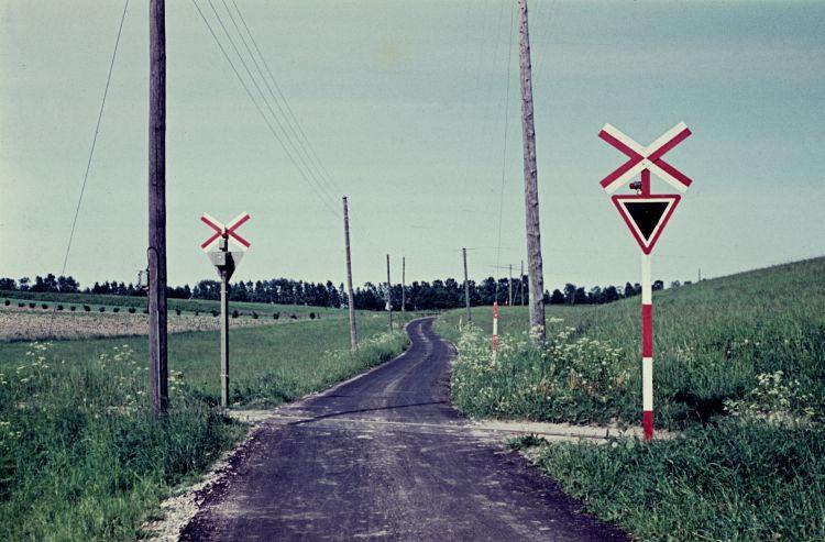 http://www.mjk-h0.dk/evp_Teglv/dia_18.kattehalevej.bloustroed.1959,.jpg