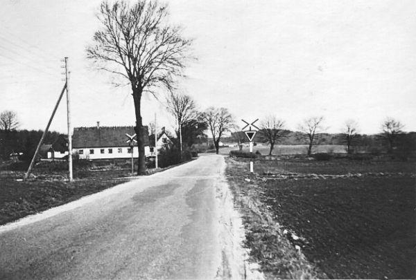 http://www.mjk-h0.dk/evp_Teglv/frederiksborgvej-overk.bloustroed%20teglvk.1955-56.1.jpg