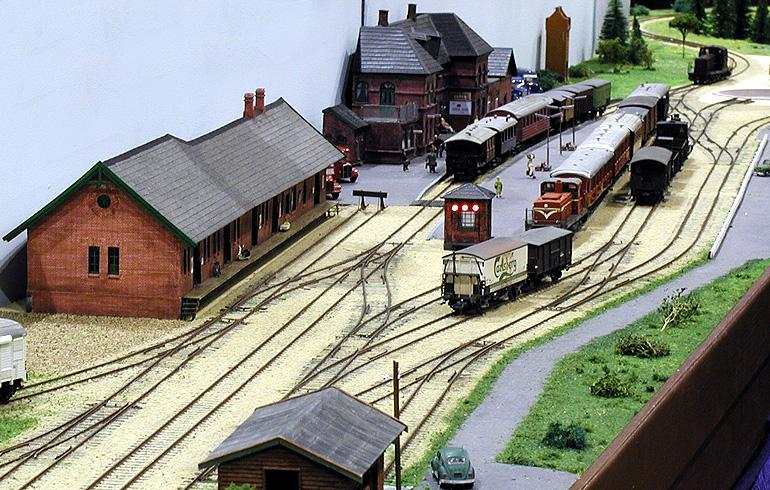 Odder station som en del af udstillingsanlægget